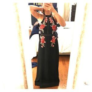 Dresses & Skirts - Black appliqué maxi dress NEVER WORN HAS TAGS